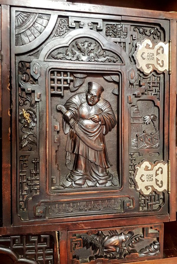 door with monk with chinese sabre Viardot 19th century