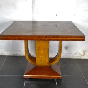 Table en marqueterie de bois art deco 20eme siecle